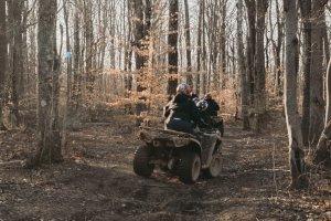 cust riding3