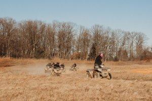 cust riding8
